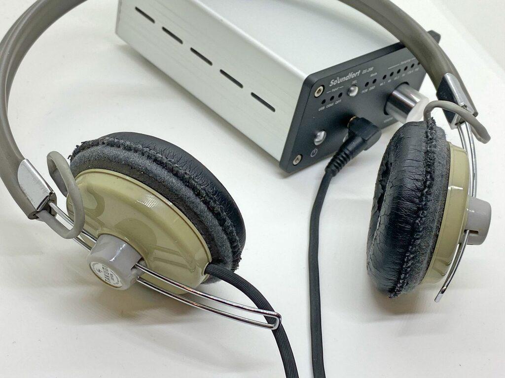 アシダ音響のヘッドホン写真